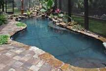 Inspiring Pool Enclosures / Screened-in Exterior Pool Designs