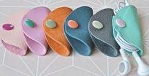 DIY - Basteln und Nähen mit Leder / Wir sammeln Tipps und Ideen zum Basten und Nähen mit Leder. Mach mit und tausche dich mit anderen DIY-Freunden aus! Schicke uns einen Kommentar und wir laden dich ein, deine Pins auf diesem Board zu pinnen!