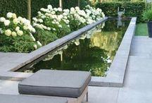 Water / Wasser im Garten / Beautiful water feature designs for your garden. Wasserläufe, Wasserbecken und Teiche.