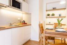 Apartament Roztoka / Apartament Roztoka zlokalizowany jest w centrum Zakopanego. Apartament jest idealnym miejscem, aby w ciszy i spokoju odpocząć od codziennych spraw. Jest to doskonałe miejsce dla pasjonatów podróży, aktywnego wypoczynku, zabawy i relaksu. więcej na:http://bit.ly/1R0AxxH