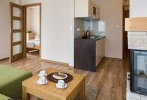 Apartament Murowaniec / Luksusowy i komfortowy apartament Murowaniec, serdecznie zaprasza na wypoczynek pod Tatrami.  Położony w zacisznym miejscu zapewnia wspaniałe warunki i pozwala odetchnąć od codziennych spraw. Bliskie sąsiedztwo dworca, Aqua Park oraz liczne inne atrakcje turystyczne sprawią, że jest to idealne miejsce całorocznego wypoczynku i prawdziwa gratka dla miłośników narciarstwa.