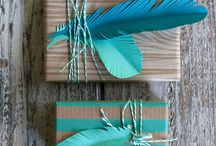 Wrap / Who says you have to stick to traditional store-bought wrapping paper? Here are some great ideas and DIY packaging we love.
