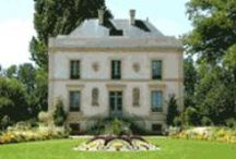 Lace Museums - France / Museums and private collections with important lace collections in France.