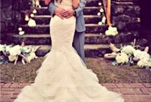 Weddings / I love big white dresses and cake  / by Cassy Corn