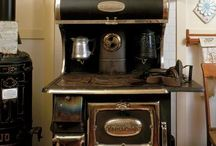 Vintage stoves / Cast iron, porcelain just great beauties! / by Lynda Moran