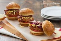 Sliders / Whether they're shareable bar bites or kid-sized burgers, mini sliders are an on-trend crowd-pleaser on every menu. Our variety of pre-sliced styles – from plain to seeded to multigrain – are made to be a deliciously versatile canvas for your freshest creations.