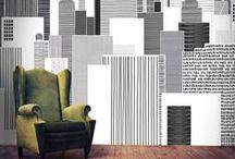 Graphic Black & White / Du blanc, du gris, des moulures et des arabesques... Le papier peint donne du charme et de l'élégance à vos pièces !