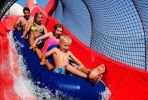Top 10 Waterparks Near NYC / List of the top 10 waterparks near New York City. Perfect for summer family fun! #kids #familyfun #waterpark #summer