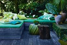 Garden & Patio Ideas / Gorgeous images of garden and patio ideas for modern living. From furniture, seating and styling ideas, to combinations of pots and plants and how to arrange these depending on the style that suits your space and home.