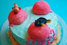 Finding Dory/ Finding Nemo party ideas / Finding Dory and Finding Nemo party ideas including food, birthday cakes, decorations and tablescapes.