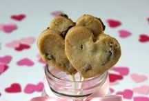 Valentines / All you need is love...and cookies! Here's some edible inspiration for Valentine's Day and beyond :)