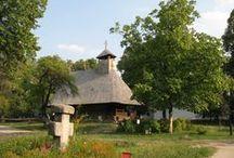 Biserici si troite / Biserici si troite din Muzeul Satului Bucuresti