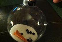 Feliz Navidad / Christmas treats, decorations / by Erica Long