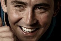 Lee Pace / Lee Grinner Pace (born March 25, 1979) is an American actor. Pace has been featured in film, stage and television.