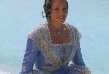 Traditionele kostuums Spanje / by Maggie