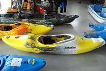 Water sports equipment / Am reusit sa facem primul showroom din Romania care ofera echipament nautic de genul caiace, canoe, SUP, placi wakeboard, windsurf, kite, plus multe, dar foarte multe accesorii. Suntem bucurosi si mandri de acest lucru. Adresa unde puteti sa ne vizitati si sa cumparati cele mai tari marci de ambarcatiuni este aici: http://www.barciinbagaje.ro/info/contact.xhtml