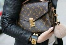 LOUIS VUITTON BAGS & OUTFITS