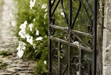 Gorgeous Gardens / ❥Repinned by www.huttonandhutton.co.uk