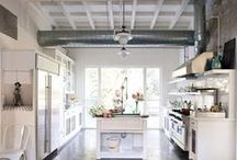 Sweet Ceilings / Ducts and exposed ceilings make for a trendy atmosphere.