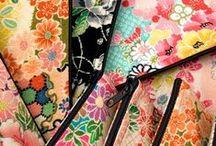 Accessoires Japonais / Découvrez les imprimés traditionnels japonais déclinés sur des supports multiples allant des accessoires pour cheveux au linge de maison