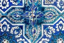 b l u e / shades of blue.