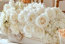 WEDDING CENTERPIECES / Beautiful floral arrangements and other great ideas to decorate your table!