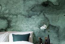 BEDROOM GREEN / Wil je graag styling advies voor je slaapkamer, kom dan kijken op de website www.littledeer.nl #slaapkamer #bedroom #slapen #groen #green