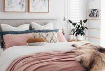 BEDROOM PINK / Wil je graag styling advies voor je slaapkamer, kom dan kijken op de website www.littledeer.nl #slaapkamer #bedroom #slapen #roze #pink