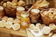 Pains - Pâtisseries - Desserts et Sucreries / Miniatures pour maisons de poupées au 1/12ème