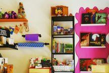 La Librería  / Aquí es donde tenemos álbumes ilustrados en castellano e inglés, manualidades y libros para padres y educadores.