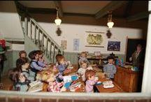 Etudes & Salles de Classes / Tout pour l'école : Matériels et accessoires pour l' école. Fournitures scolaires - Miniatures (1/12ème) - Maisons de poupées