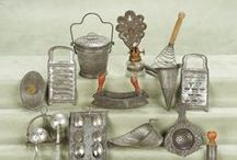 Ustenciles & Matériels de cuisine / Casseroles - Marmites & Cuillères - Accessoires  miniatures pour maisons de poupées au 1/12ème