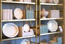 Shelves / Display and Organization