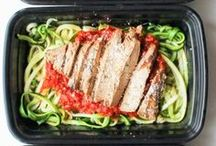 Healthy Meals For Weight Loss / Full of amazing healthy meals for weight loss. Lots of meals on a budget and easy plans to make. Ideal for one, for two or for an entire family. Eat these meals for a week for dinner to start with the right foot.