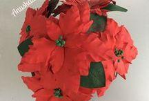 Mi blog: Flores en goma eva o foamy / Flores modeladas y pintadas a mano. Sin molde o frisador. Realizadas en goma eva o foamy.