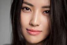 Portraits Féminins - Beautés féminines - Feminine Beauty -