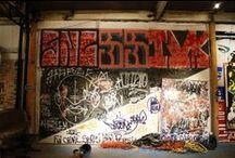 RETROSPECTIVA 2014 / contato@olhodarua.com.br Galeria de arte, Educação e Entretenimento Rua Bambina, 06. Botafogo, 22251-050 Rio de Janeiro