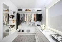 HOME // Walk-in Closet