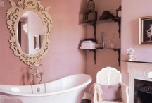 Beautiful Bathrooms / by ♥ Nikkers