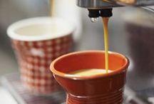 Coffee time ! / Le café, une des boissons préférées des français... Revol vous propose de nombreuses façon de le présenter et l'habiller afin de rendre chaque café unique !