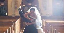 Düğün Fotoğrafları / Harika Düğün Fotoğrafları, yaratıcı düğün fotoğrafı fikirleri, ideal düğün fotoğrafı mekanları ve düğün fotoğrafı konusunda sana yol gösterecek bilgiler bu panoda.