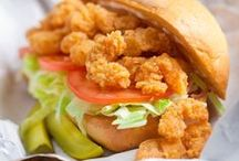 New Orleans Restaurants & Bars / The Best of New Orleans Bars and Restaurants. Classic New Orleans Food and Drinks.