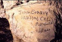 """Les carrières souterraines / Les """"creutes"""" anciennes carrières de pierre ont servi d'abris et de cantonnements aux soldats à quelques mètres des premières lignes du front. De magnifiques fresques et sculptures ornent encore certaines parois."""