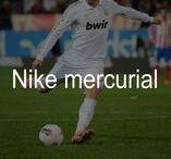 Botas fútbol NIKE MERCURIAL / Nike Mercurial, las botas de fútbol más rápidas y explosivas de Nike. Diseño minimalista, materiales ligeros y un patrón de tracción con diseño estratégico. Escoge el estilo que mejor se adapte a tu juego: Vapor, Victory, Veloce o Vortex.