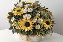 Tutorial video e foto creazione fiori e bomboniere / Tutorial video passo passo , per creare fiori e oggetti in ceramica..