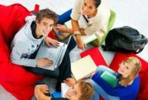 Onderwijs & ICT / Door het gebruik van iPads, internet en nieuwe technologieën moeten kinderen ook nieuwe vaardigheden leren zoals kennis van ICT, informatie-verwerking en kritisch, probleemoplossend en creatief denken. Professioneel #Online #Spaans voor kinderen (9+), tieners en volwassenen. Het interactieve lesmateriaal wordt d.m.v. educatief platform aangeboden, met toegang tot online bibliotheek, forum, blog, sociaal netwerk en de online evaluaties met gekwalificeerde en ervaren Spaanse leraren uit Spanje.