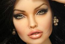 DOLLS  /  ANGELINA JOLIE / DOLLS  ANGELINA JOLIE