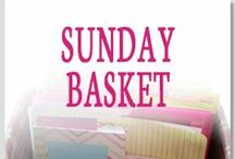 The Sunday Basket: Daily Paper Organization Ideas / Are you looking for daily paper organization tips? Follow Professional Organizer Lisa Woodruff for weekly paper organization and planning as she tackles her Sunday Basket.