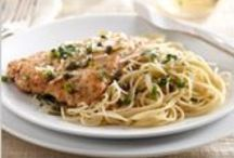 Chicken Pasta Recipes / Dreamfields pasta is a high-quality wheat pasta that pairs well with any flavor profile! Do you have chicken on hand? Here are some of our favorite chicken pasta recipes!  / by Dreamfields Pasta
