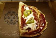 BakeryShock / Te tentamos con lo más dulce. Tartas, muffins, glaseados, tortitas, crepes, gofres...  La tentación vive en Shock www.valencianashock.com